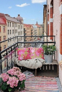 Comfy Small Seating Area In Your Balcony 17