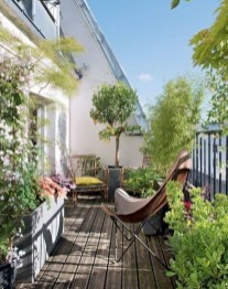 Cozy Garden Balcony Design And Inspiration 02