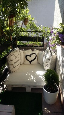 Cozy Garden Balcony Design And Inspiration 07