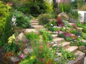 Creative Large Garden Inspiration In The Backyard 02