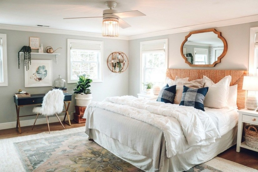 Easy Tips To Decorate Small Master Bedroom With Neutral Color 32