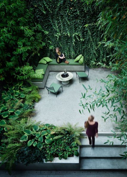 Fabulous Seating Area In The Garden 29