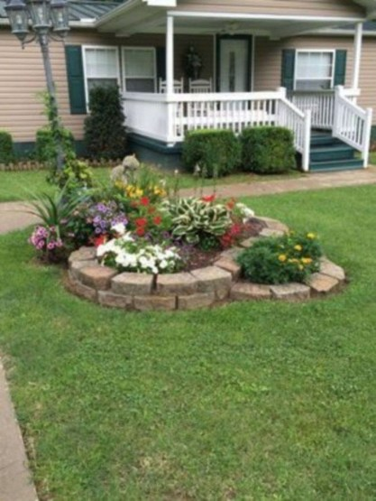 Fantastic Flower Landscape Design Ideas For Front Yard 11