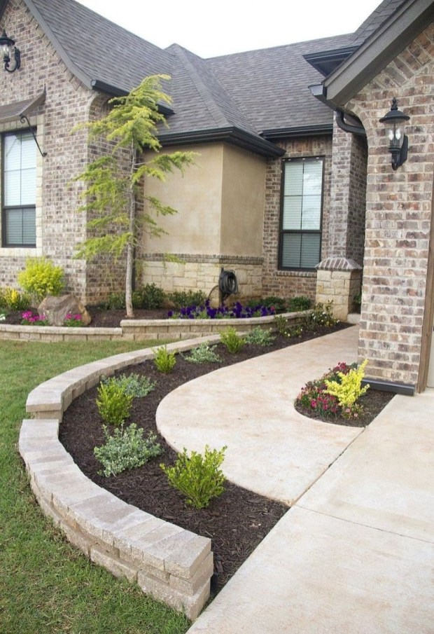 Fantastic Flower Landscape Design Ideas For Front Yard 28