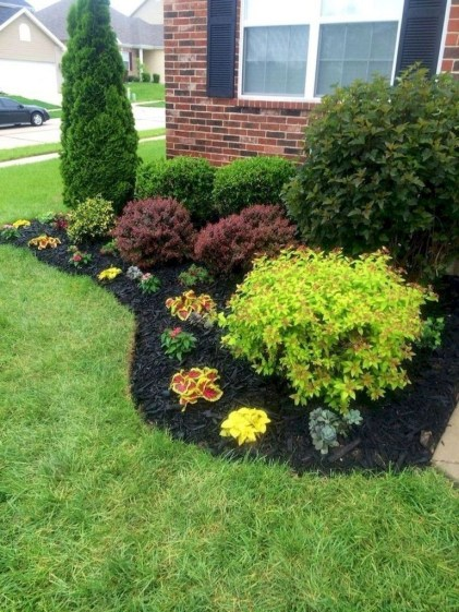 Fantastic Flower Landscape Design Ideas For Front Yard 29