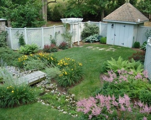 Gorgeous Garden Fences To Beautify Your Backyard 06