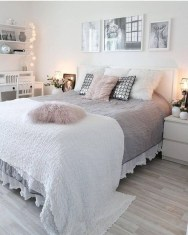Incredible Modern Bedroom Design For Relax Place 22