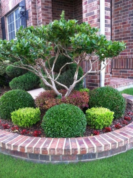 Perfect Bed Garden Design For Your Front Yard 10