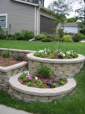 Perfect Bed Garden Design For Your Front Yard 19