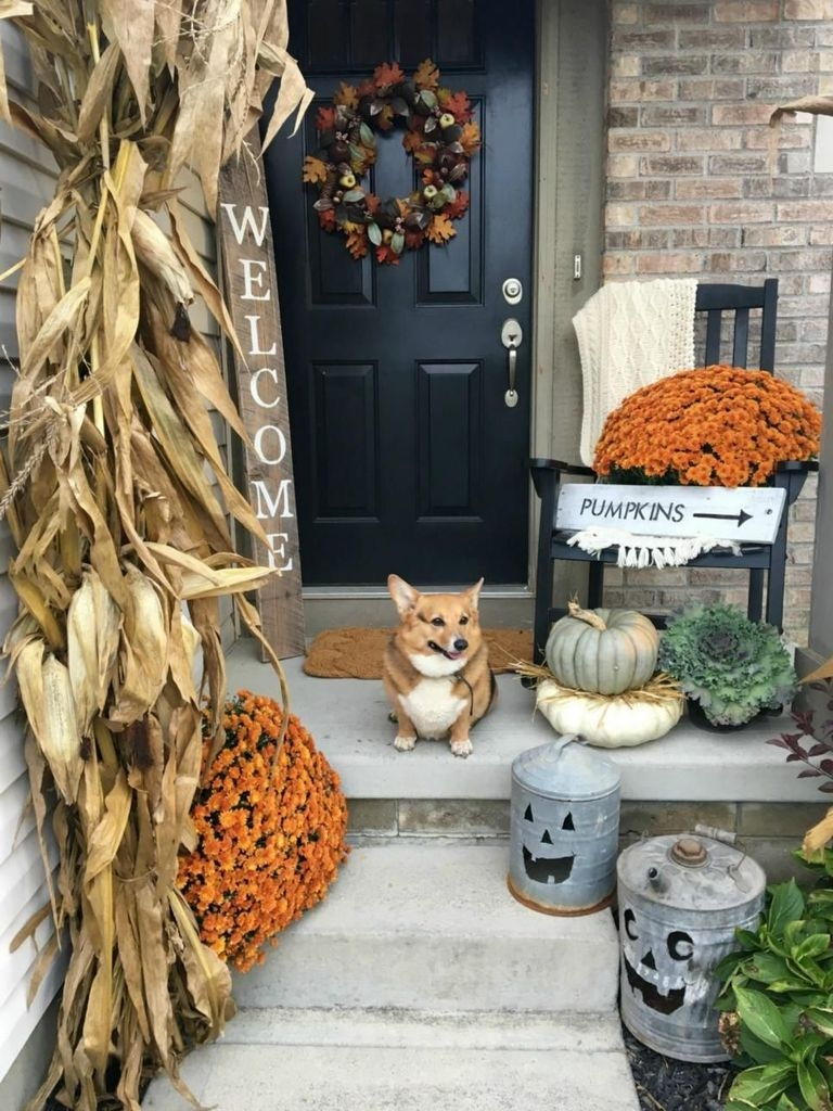 Perfect Front Porch Decoration For Fall 17