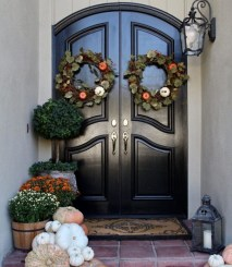 Perfect Front Porch Decoration For Fall 19