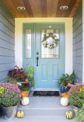 Perfect Front Porch Decoration For Fall 21