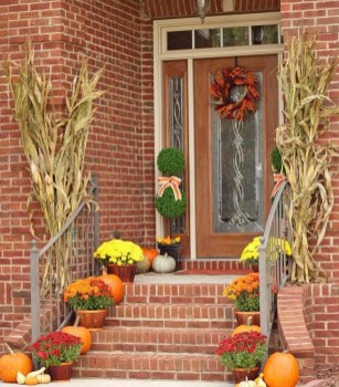 Perfect Front Porch Decoration For Fall 31