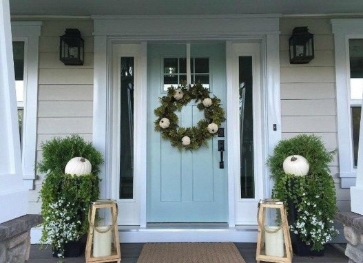 Stunning Fall Front Porch Decoration To Inspire Yourself 06