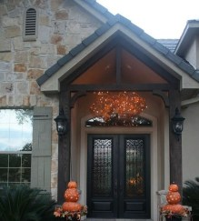 Stunning Fall Front Porch Decoration To Inspire Yourself 12