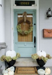 Stunning Fall Front Porch Decoration To Inspire Yourself 38