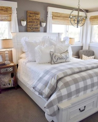 Best Farmhouse Bedroom Decoration You Can Do 17