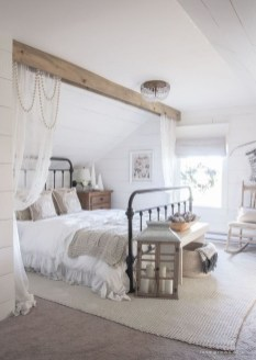 Best Farmhouse Bedroom Decoration You Can Do 21