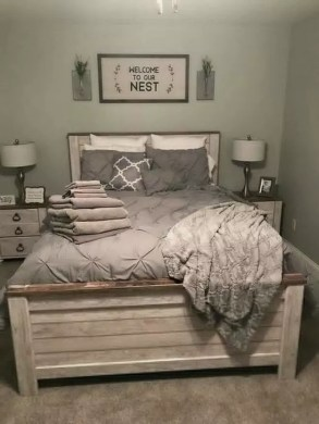 Best Farmhouse Bedroom Decoration You Can Do 27
