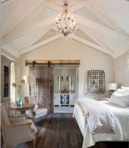 Best Farmhouse Bedroom Decoration You Can Do 32