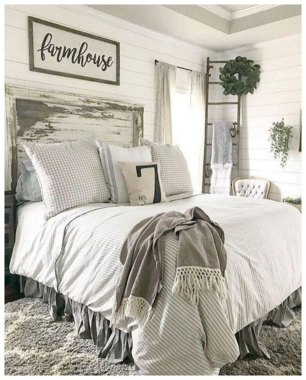 Best Farmhouse Bedroom Decoration You Can Do 37