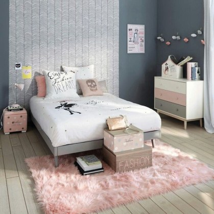Lovely Small Bedroom Decor With Pink Nuance 06