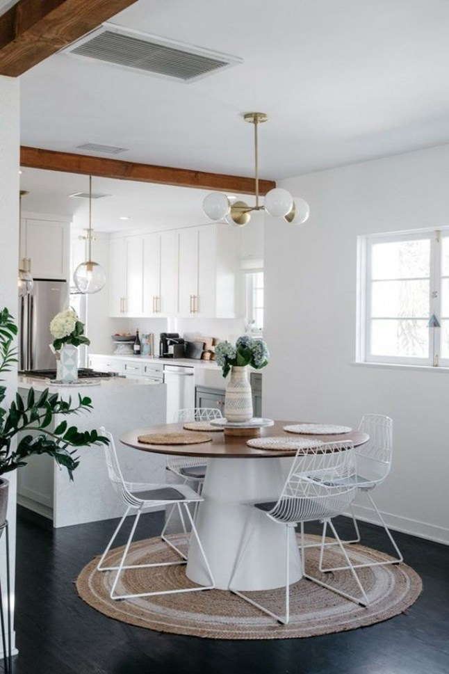 Lovely Small Dining Room Decoration In Your House 07