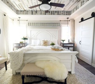 Nice Fall Bedroom Decoration For Farmhouse Style 09