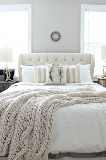 Nice Fall Bedroom Decoration For Farmhouse Style 23
