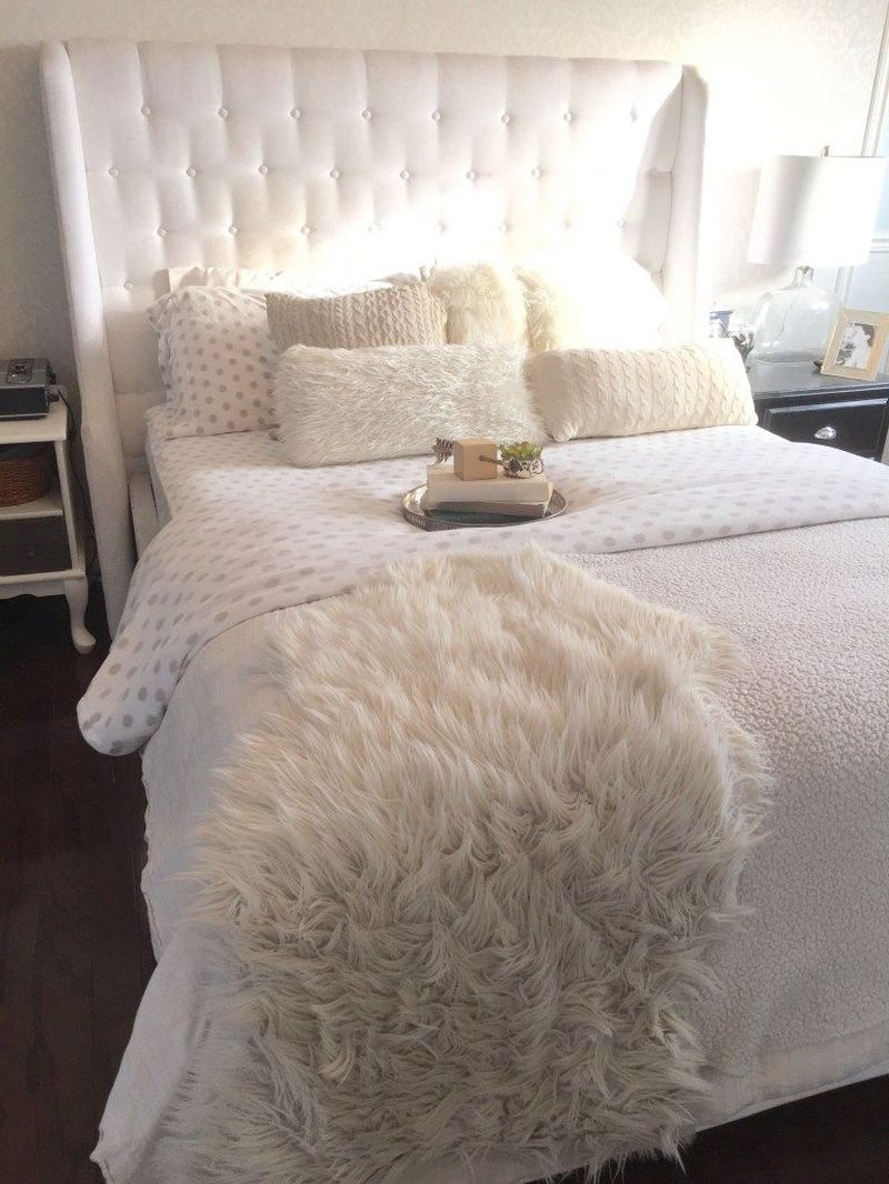 Nice Fall Bedroom Decoration For Farmhouse Style 30