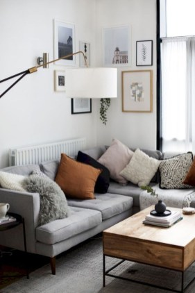 Perfect Small Living Room Design For Your Apartment 18