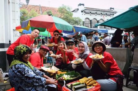 Quest 5 #AirAsiaFunRace: Indonesian food. (Foto: @kurapak)