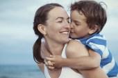 Annenin Aşırı Kaygılı Olması, Çocuğun Gelişimini Engeller Mi?