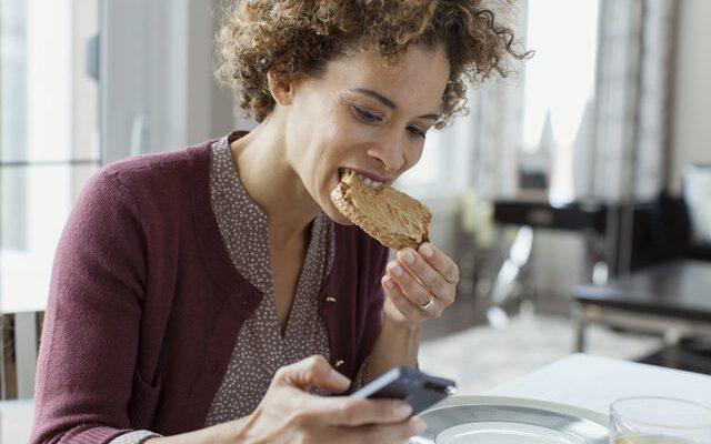Salgında En Çok Uyku Ve Yemek Düzeni Etkilendi…