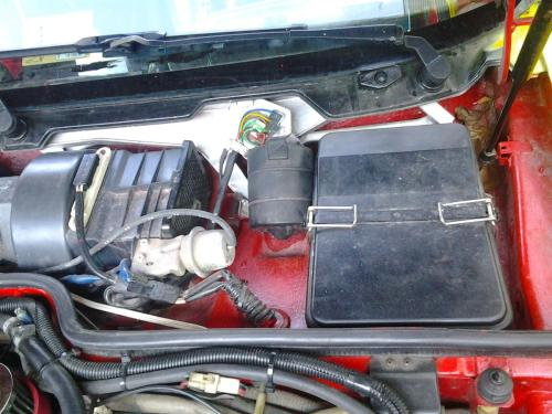 small resolution of porsche 944 fuse box wiring diagram centremissing panel water getting into engine bay near fuseboxattached images