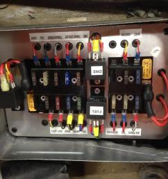 race car fuse box wiring library race car fuse block for a dirt track race car [ 1200 x 900 Pixel ]