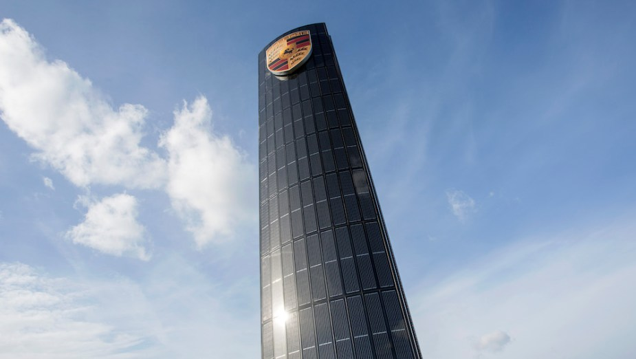 Porsche Zentrum Solar