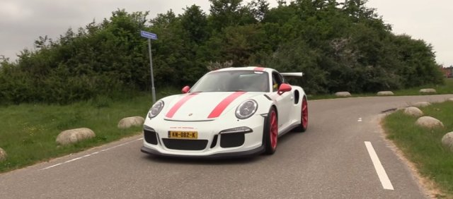 Porsche 991.1 GT3 RS on the Road