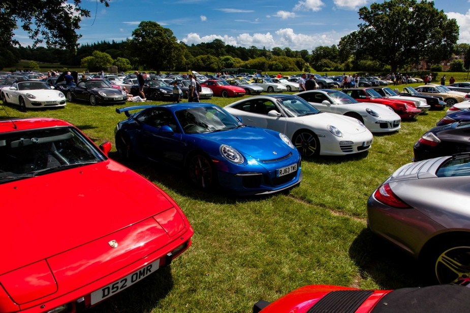 Hundreds of Porsche