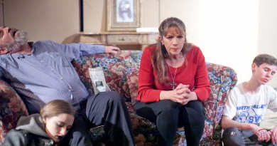 Backstage Review: 'End Days' at Restless Artist Theater