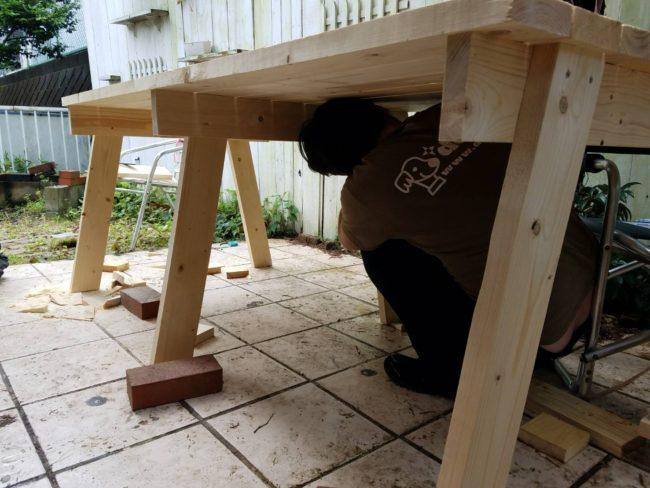 お庭のテーブル 制作中