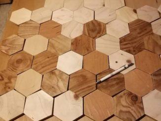 DIYでラーチを使ってウッドタイルを作る