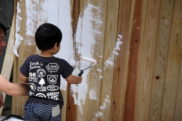 木製フェンスに塗装 DIY