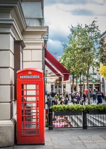 A traditional UK phone box