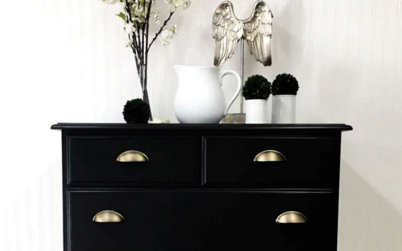 Must-Have Tips for Painting Furniture {Black Dresser Reveal}
