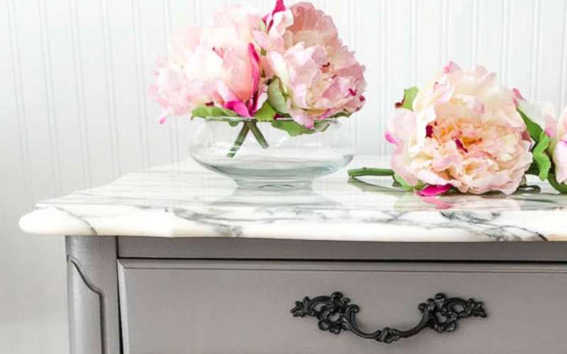 Best DIY Furniture Makeovers {How God Transforms Us into New Creations}