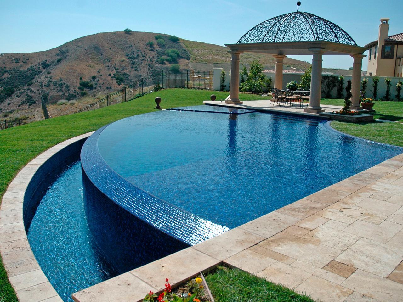 Increbles diseos de piscinas de borde sin fin  Renovatio  Nuevos tiempos  Nuevos Espacios