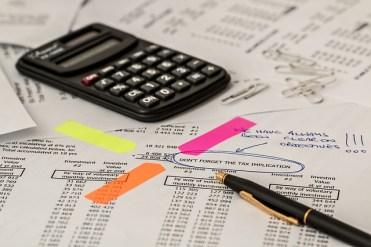 Les taxes et frais à anticiper quand on aménage les combles d'un immeuble
