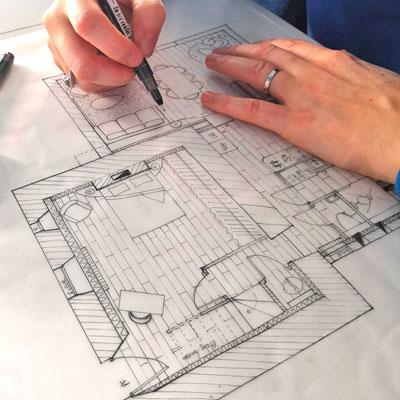 J'ai suivi une formation pour devenir architecte d'intérieur. Et j'ai appris une méthodologie de travail qui permet de dessiner un véritable lieu de vie à ses habitants.
