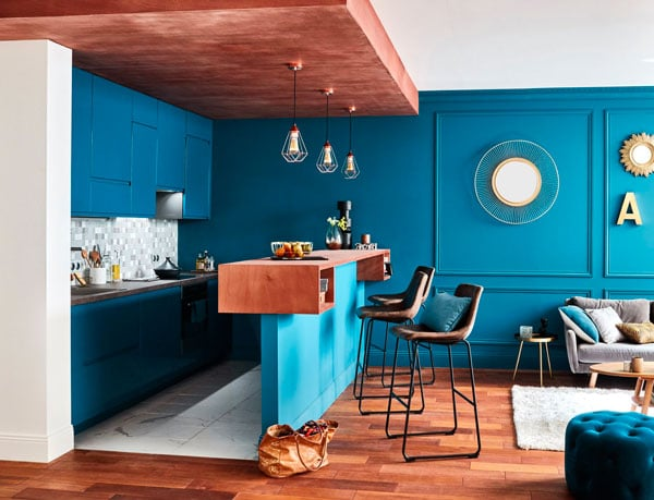 Les couleurs et effets de matières des cuisines Leroy Merlin permettent de laisser s'exprimer sa créativité